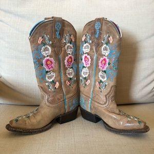 Macie Bean cowgirl boots 10